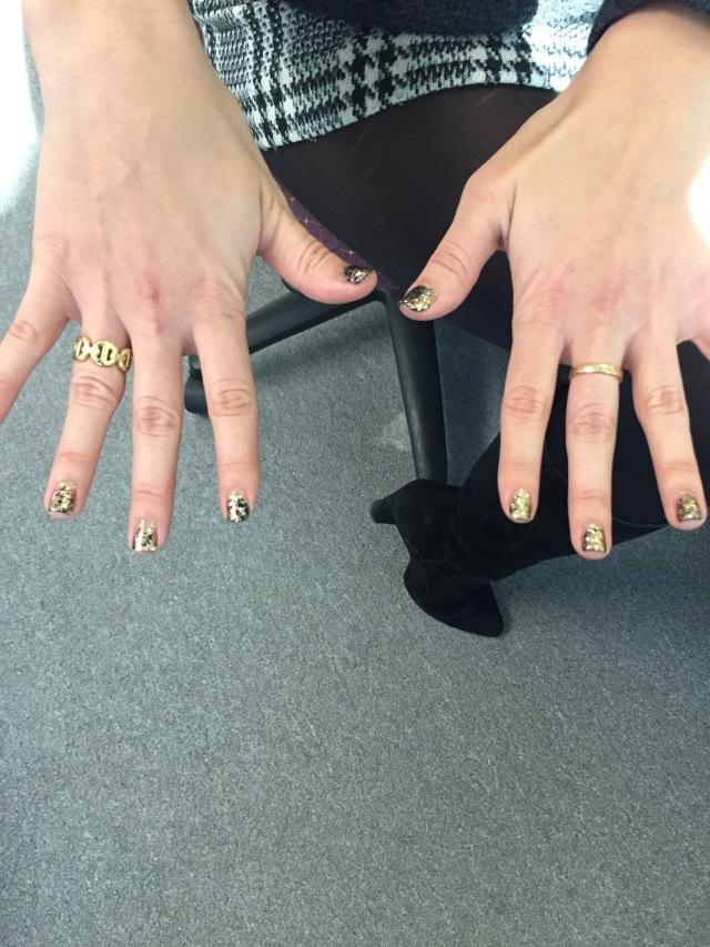 Glitter nails 2