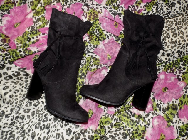 black-boots-for-fall